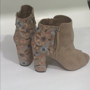American Vintage SO Booties Size 7